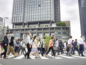 Businesses in Tokyo adjust to new norm under alert